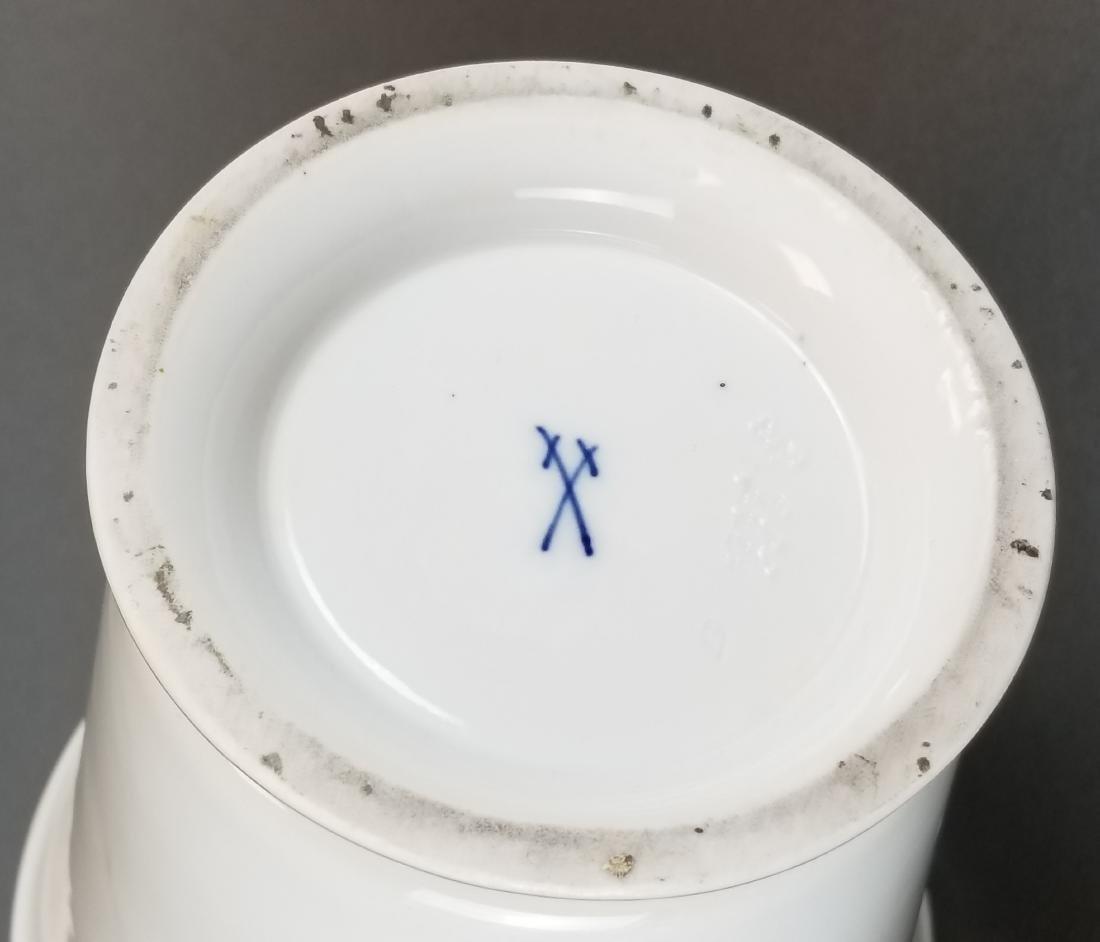 19th C. Meissen Vase w/ Lid - 3