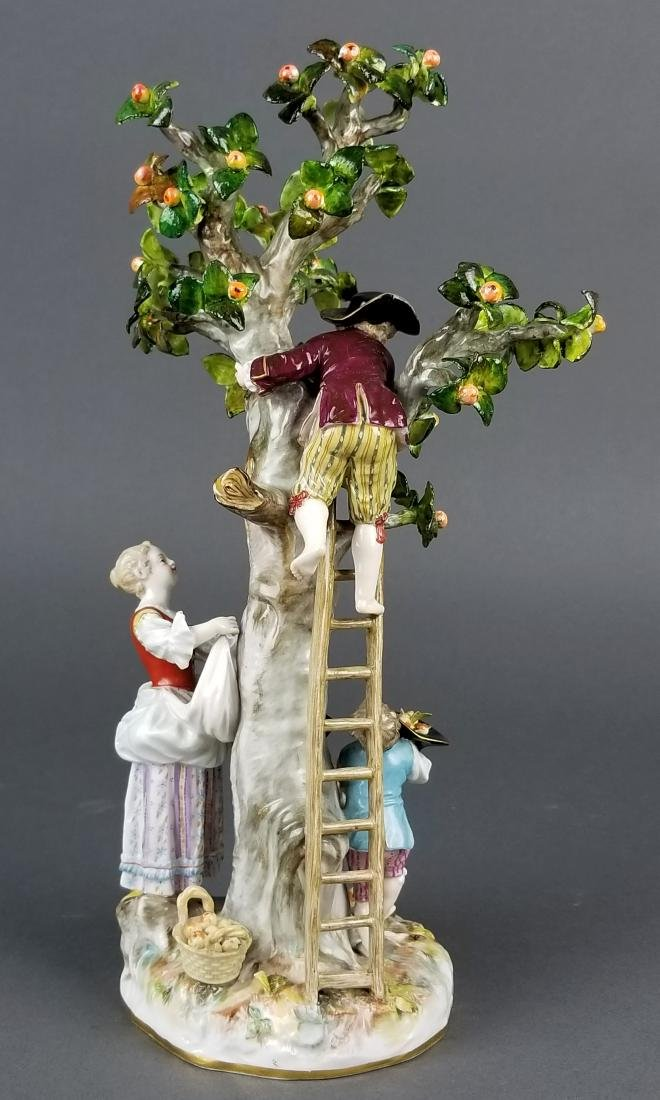 19th C. Meissen Porcelain Figural Group picking Oranges - 6