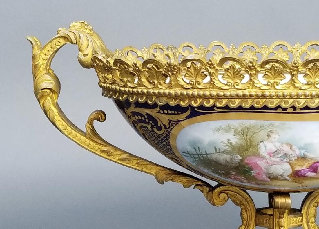 19th C. Serves Bronze and Porcelain Bowl, Signed - 3