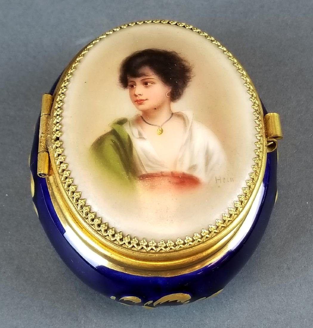 French Seres Style Handpainted Jewelry Box - 2