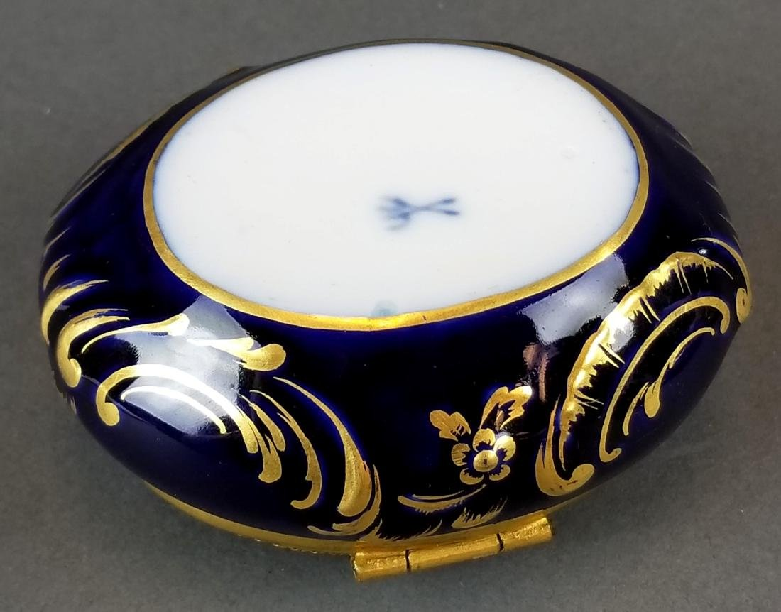 French Seres Style Handpainted Jewelry Box - 4