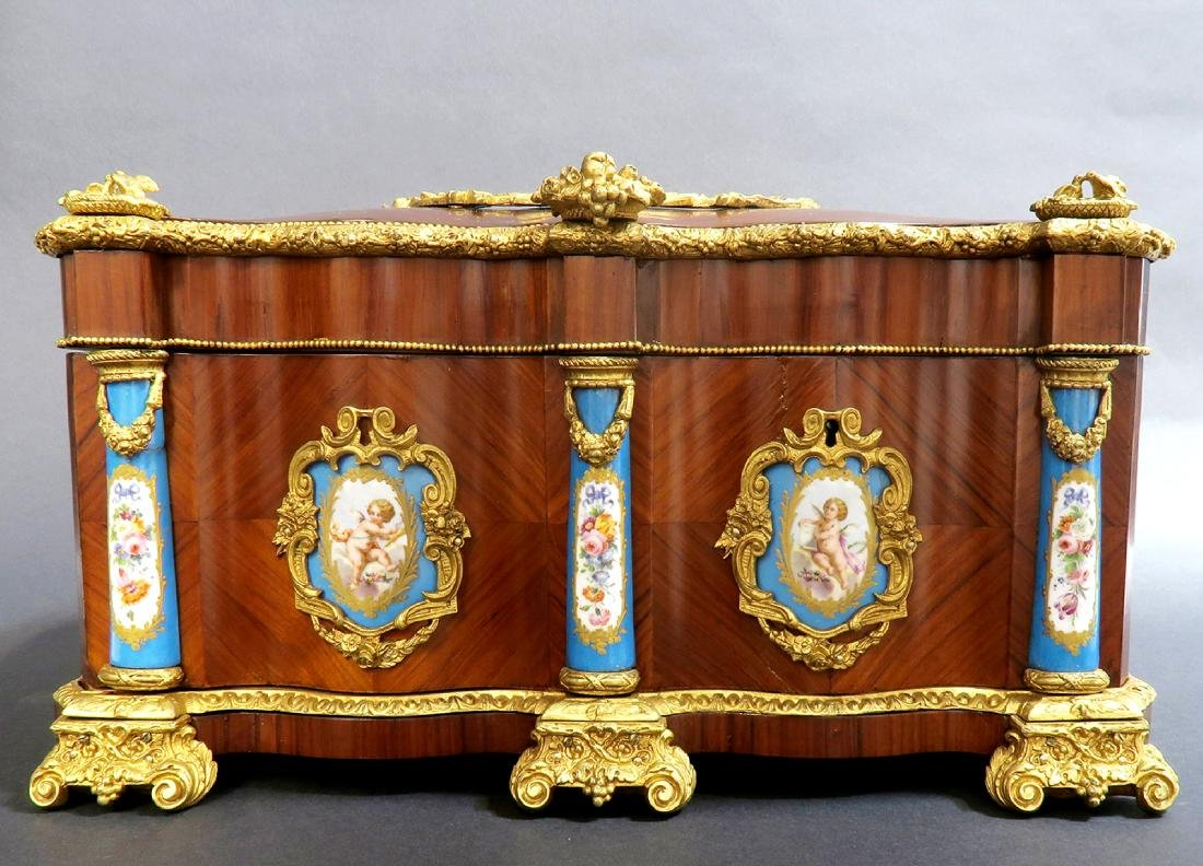 Monumental French Sevres Jewelry Box. 19th C. - 3