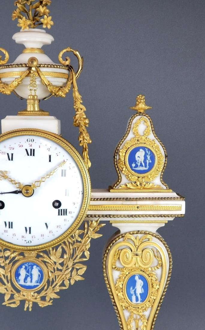 Large French Chinoiserie Bronze & Marble Clock, 19th C. - 4