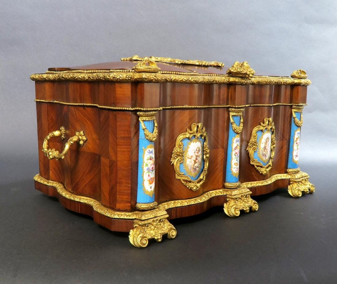 Monumental French Sevres Jewelry Box. 19th C. - 5
