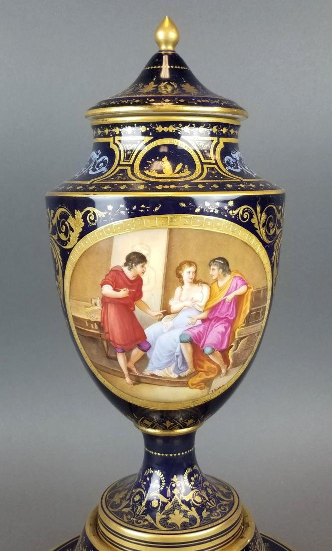 19th C. French Royal Vienna Handpainted Vase on Base - 4