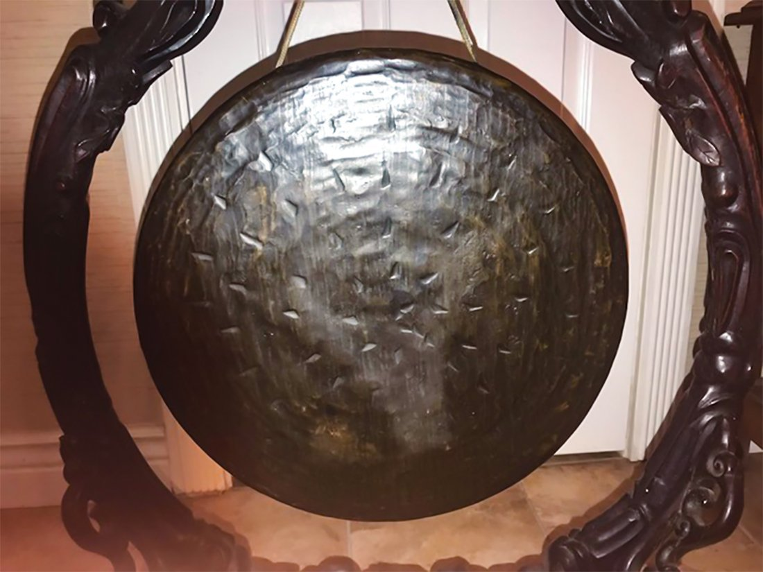 Chinese Qing Dynasty Carved Hardwood Bronze Gong - 4