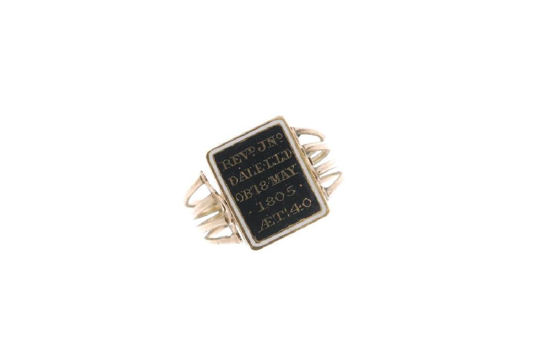 A George III gold enamel and split pearl memorial ring. - 2