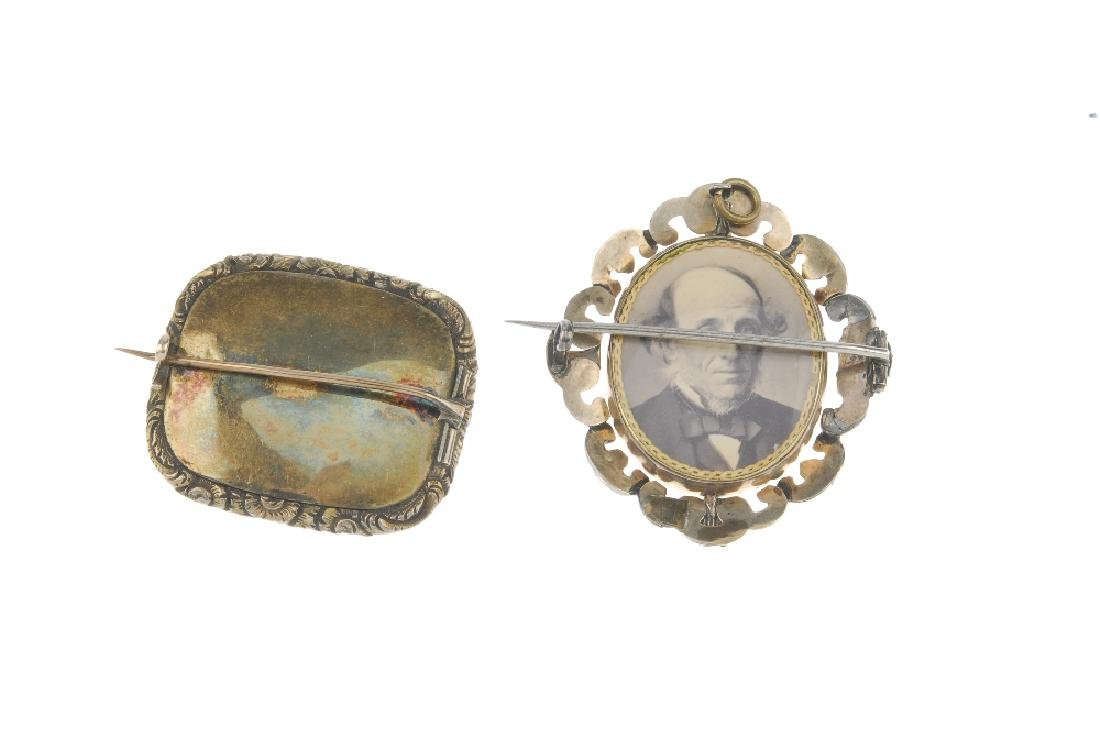 Two late Victorian memorial brooches. The first a - 2