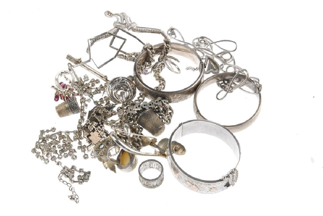 A selection of silver and white metal jewellery. To - 3