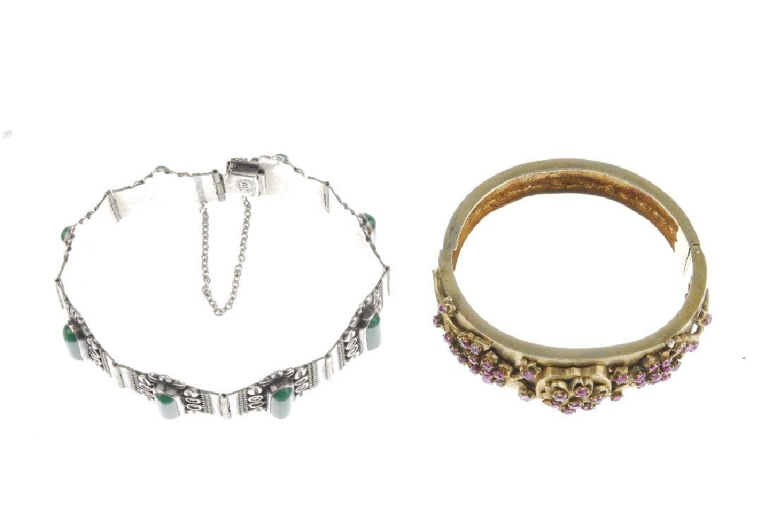 A selection of silver and white metal jewellery. To - 2