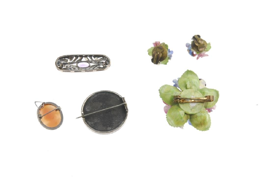 A selection of jewellery. To include a Charles Horner - 4