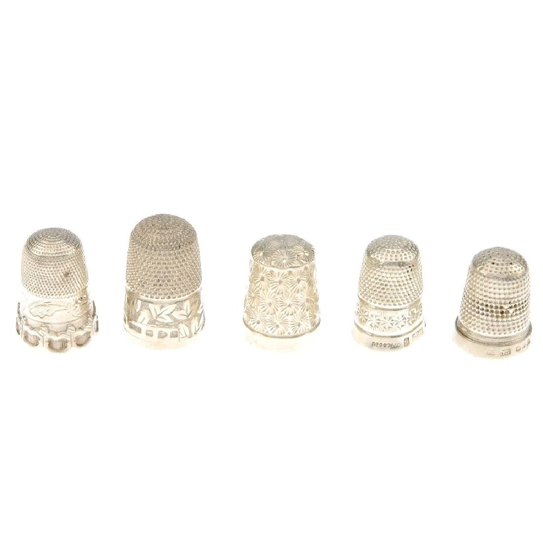 A selection of silver, white metal jewellery. To