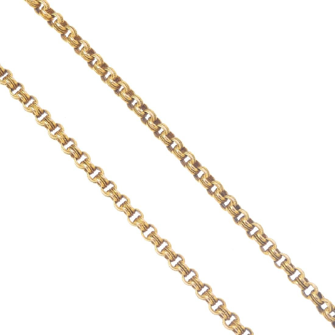 An early 20th century 15ct gold longuard chain. The