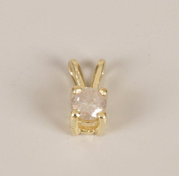 244: Claw set single stone diamond pendant of some 0.25
