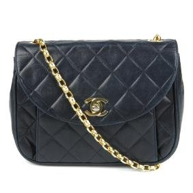 CHANEL - a vintage quilted leather handbag. Crafted