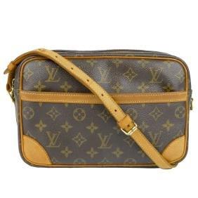 LOUIS VUITTON - a Monogram Trocadero handbag. Featuring
