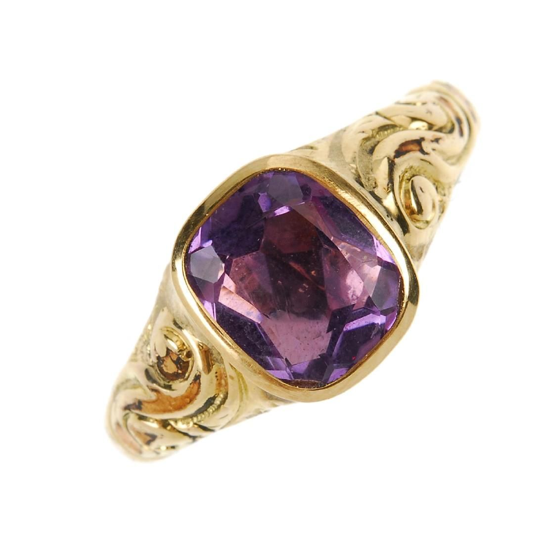 A late Victorian 9ct gold amethyst ring. The