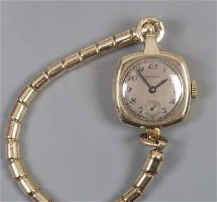 MOVADO - lady's 1930's 9ct gold watch w