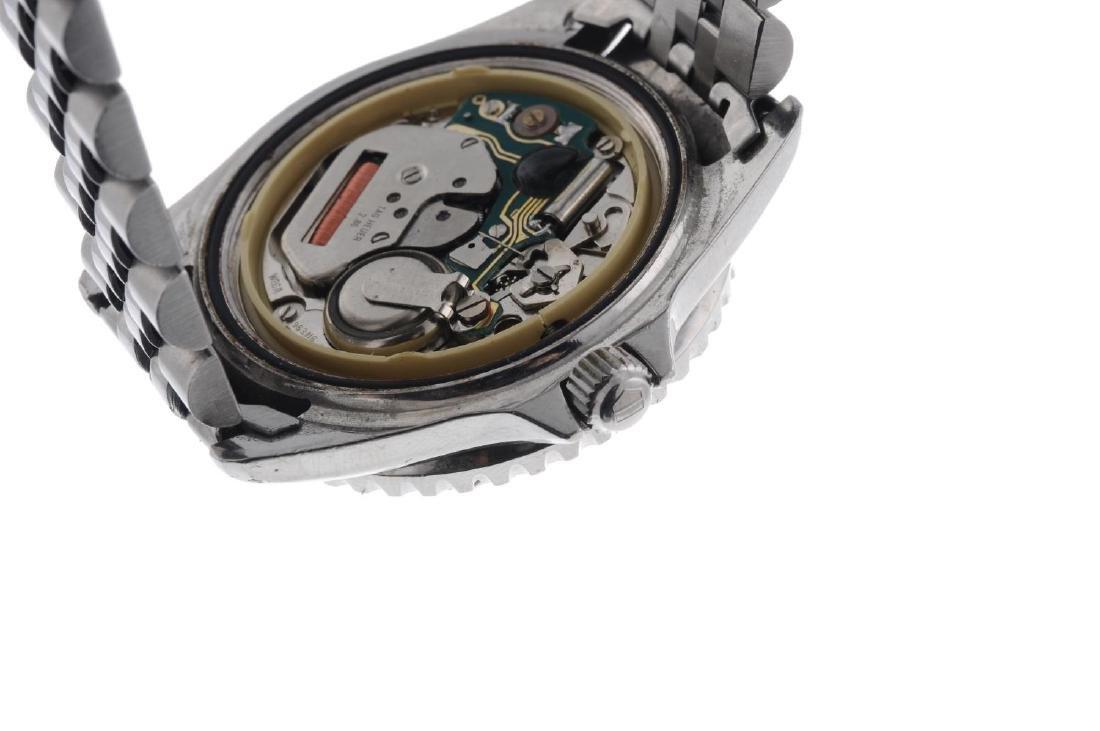 TAG HEUER - a gentleman's 1000 bracelet watch. - 3