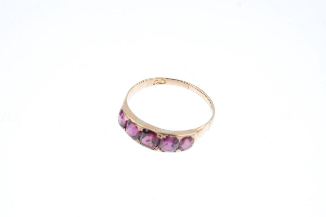 A garnet five-stone ring and two early 20th century - 4