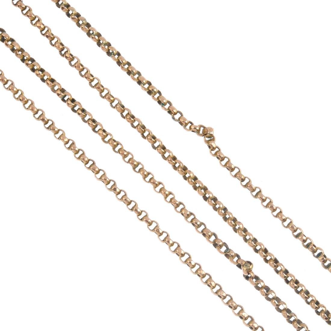 An early 20th century 9ct gold longuard chain. Designed