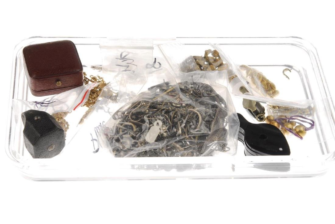 A selection of mainly jewellery components and parts. - 3