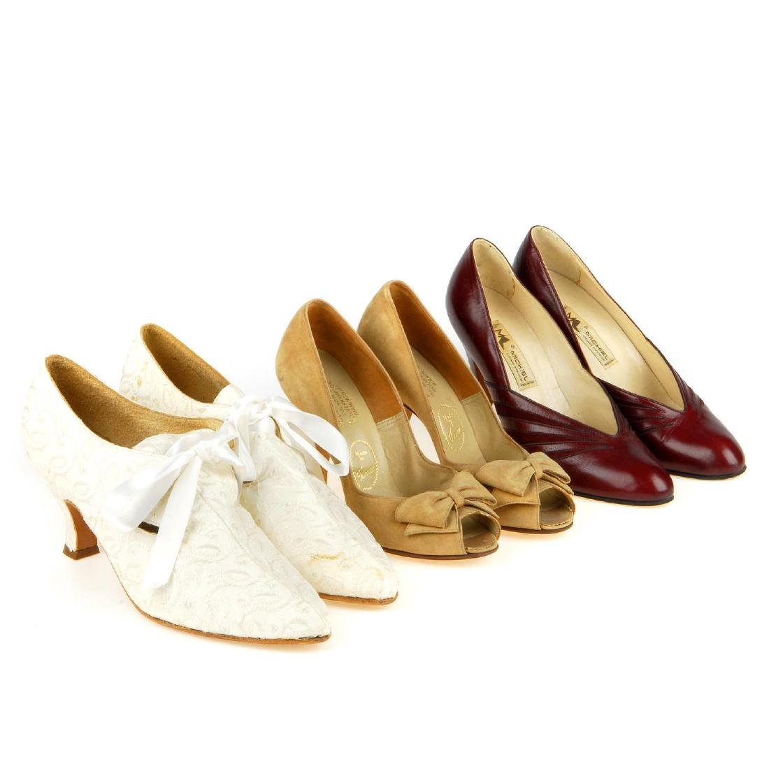 A selection of vintage shoes. To include three Anello &