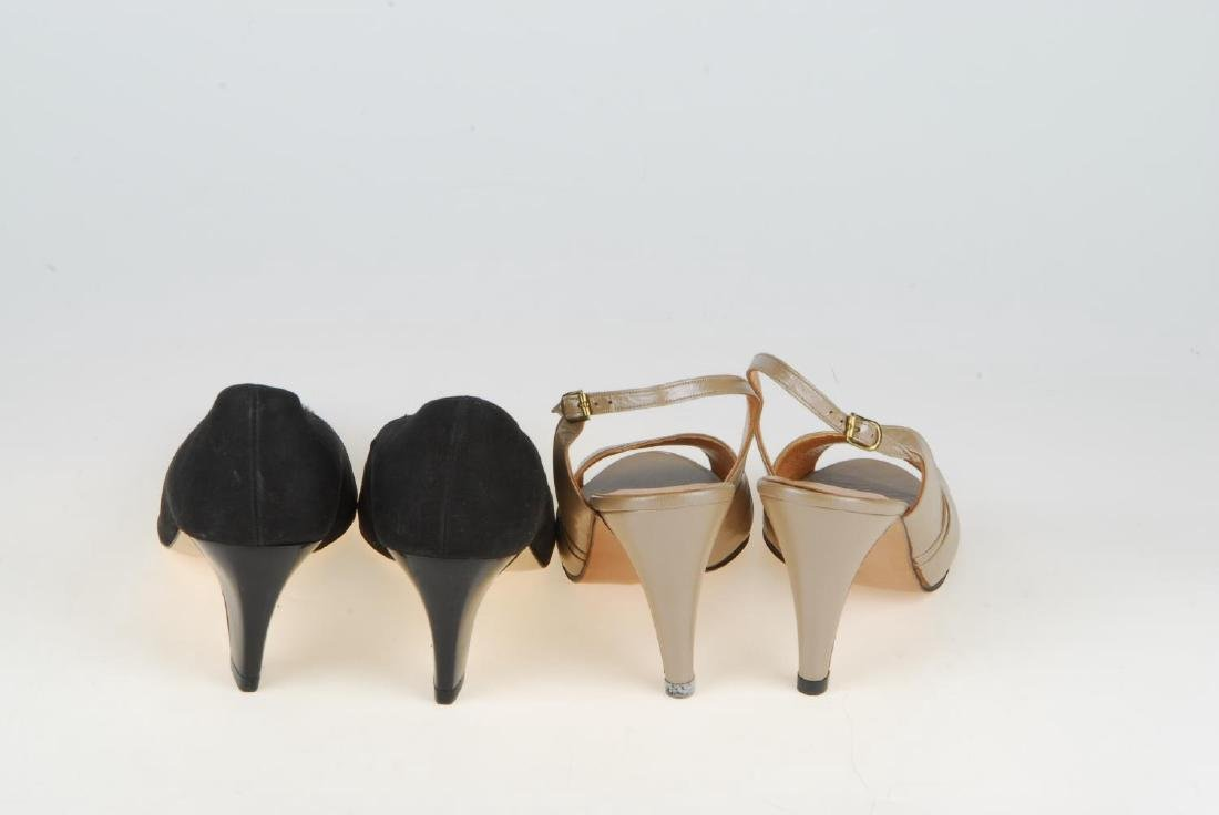 A selection of vintage shoes. To include three Anello & - 3