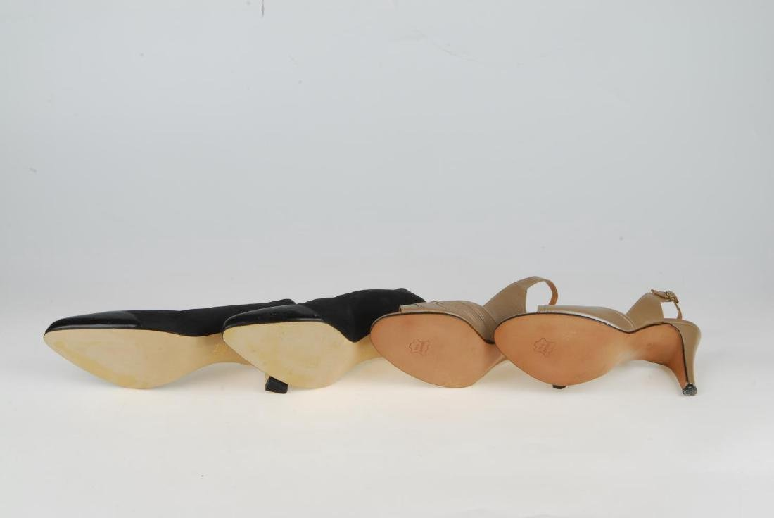 A selection of vintage shoes. To include three Anello & - 4