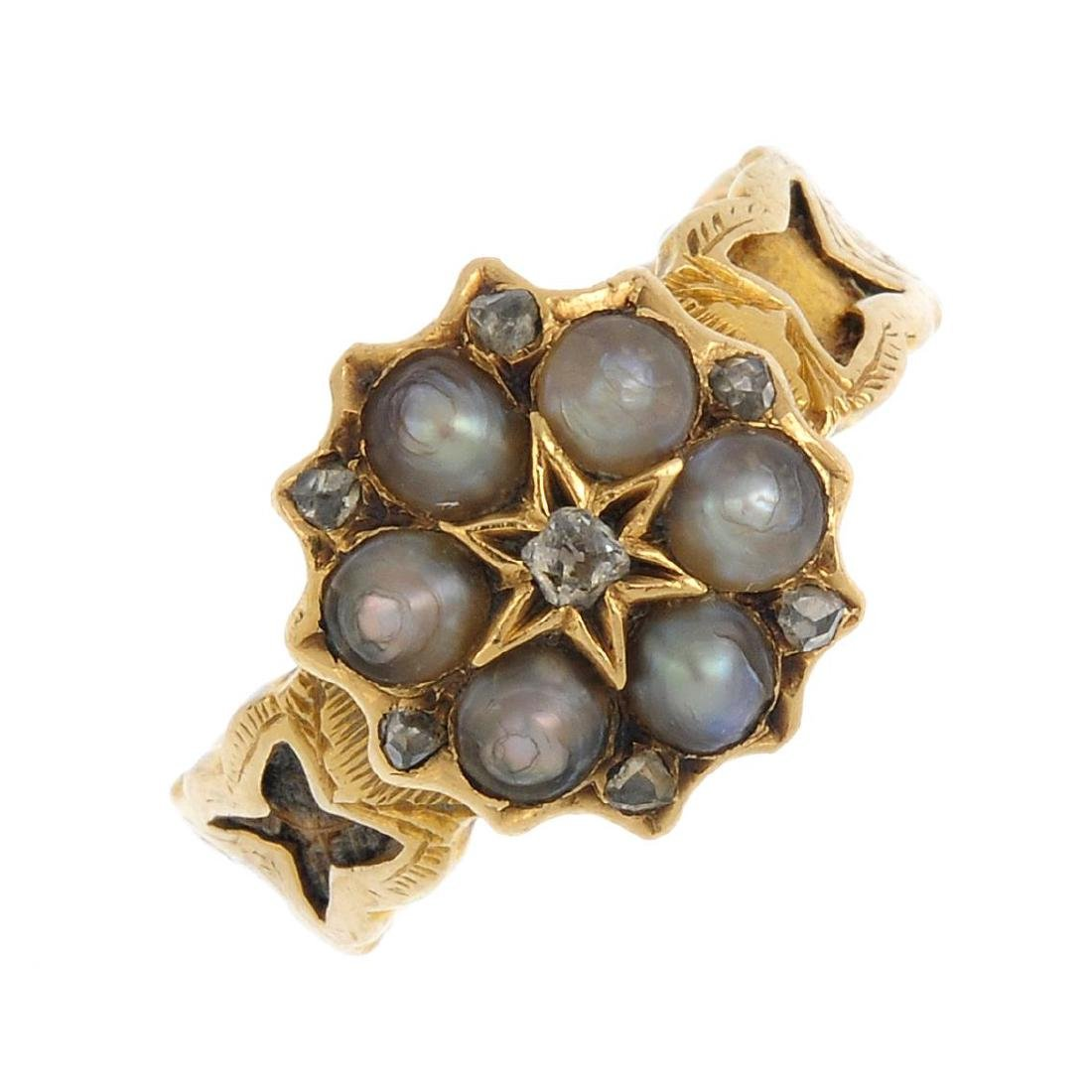 A mid Victorian 18ct gold diamond and split pearl