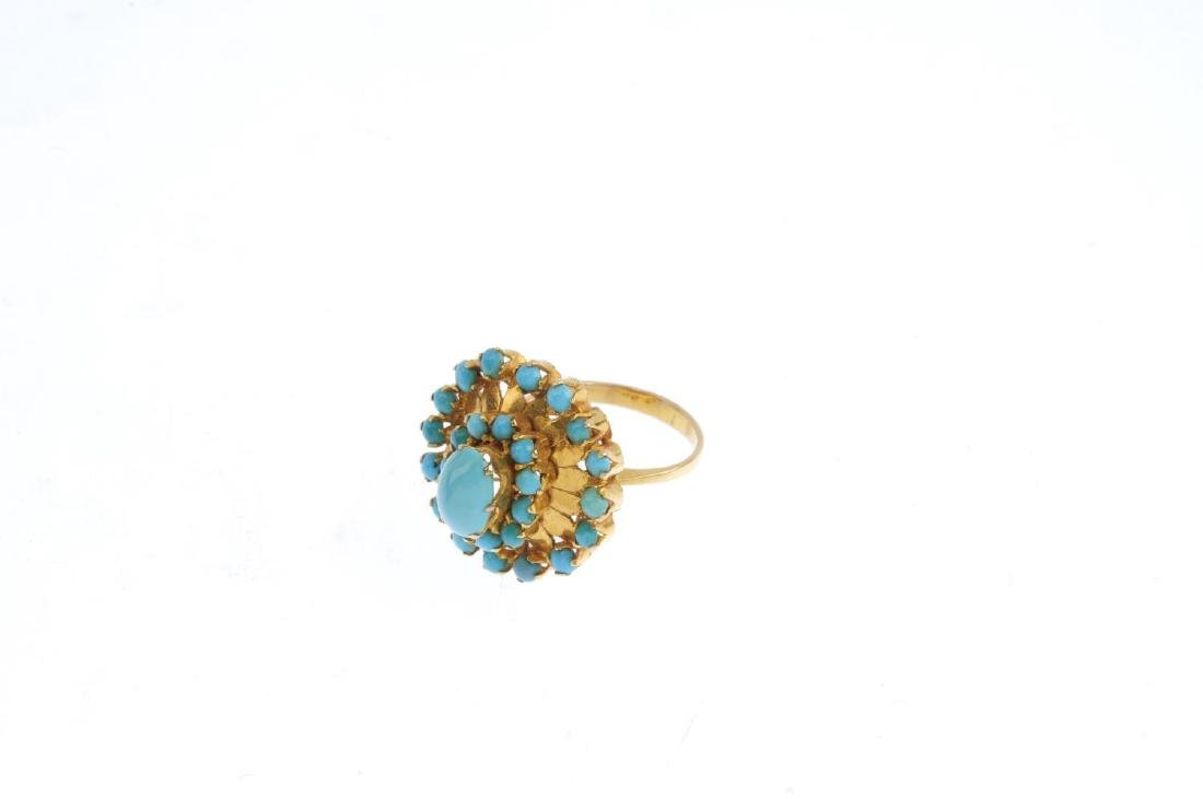 A turquoise floral ring. The oval and circular - 3