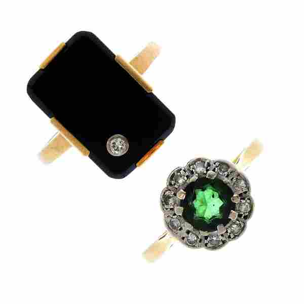 Three gem-set rings. To include an 18ct gold green