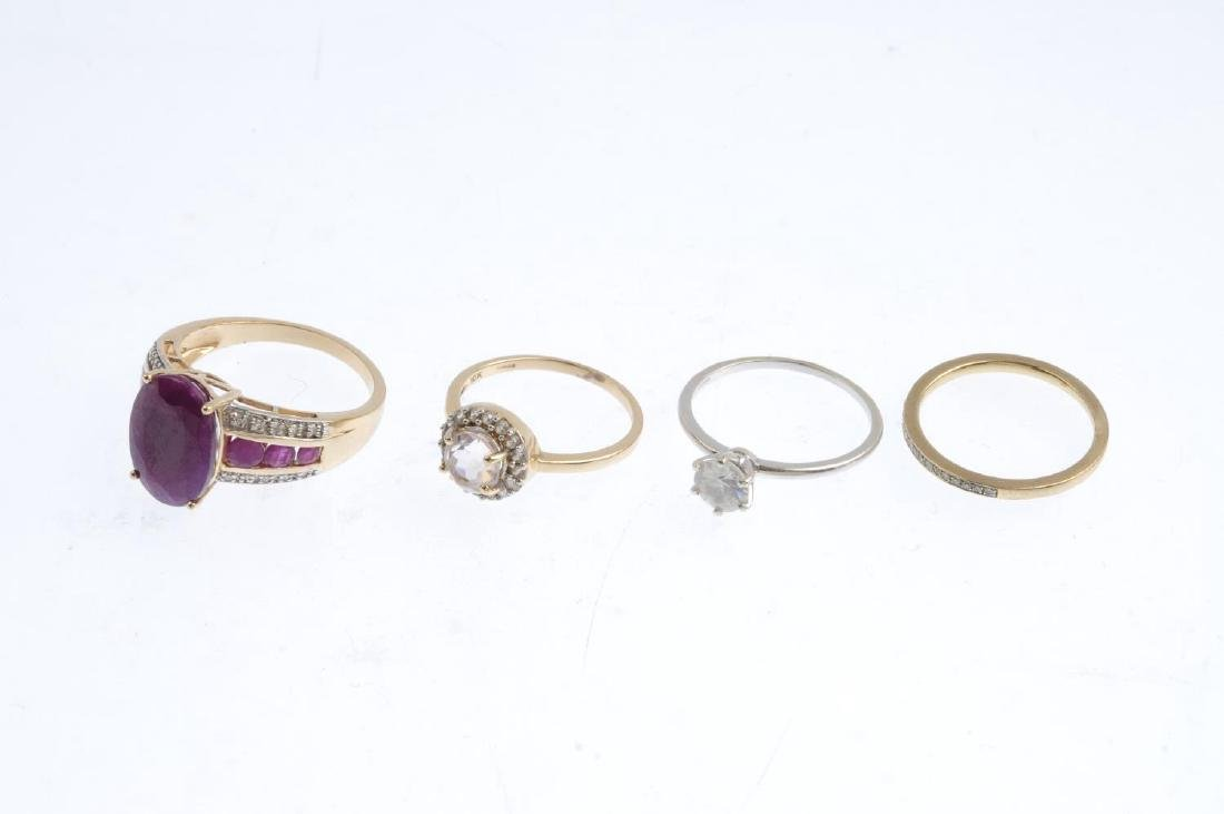 Four gem-set rings. To include a 9ct gold synthetic - 3