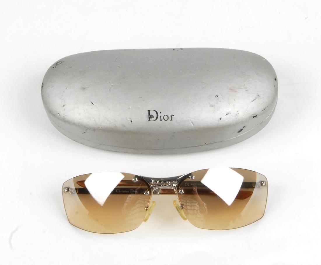 CHRISTIAN DIOR - a pair of rimless sunglasses. - 2