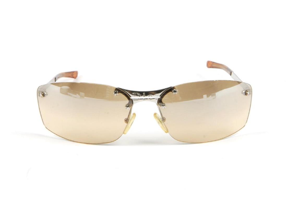 CHRISTIAN DIOR - a pair of rimless sunglasses. - 3