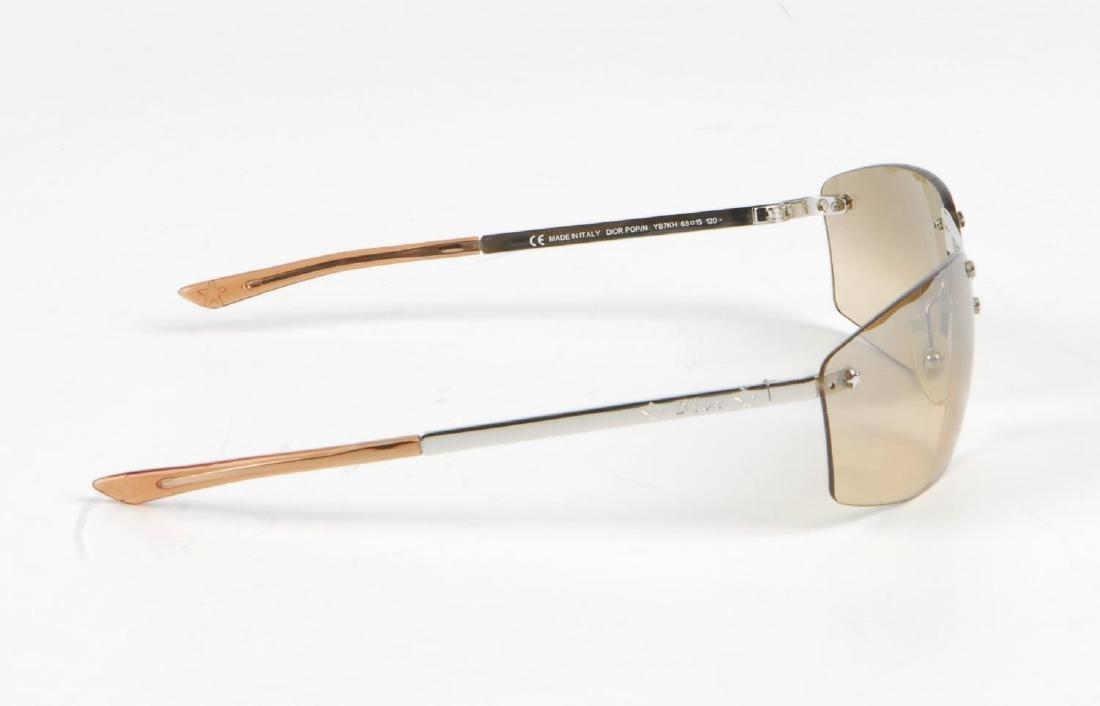 CHRISTIAN DIOR - a pair of rimless sunglasses. - 5