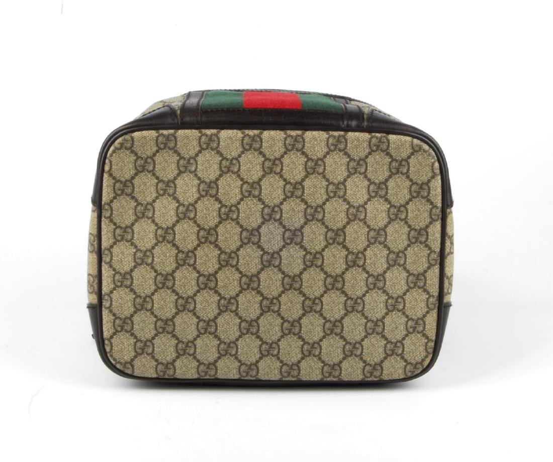 GUCCI - a Supreme Web cosmetics travel bag. Crafted - 6