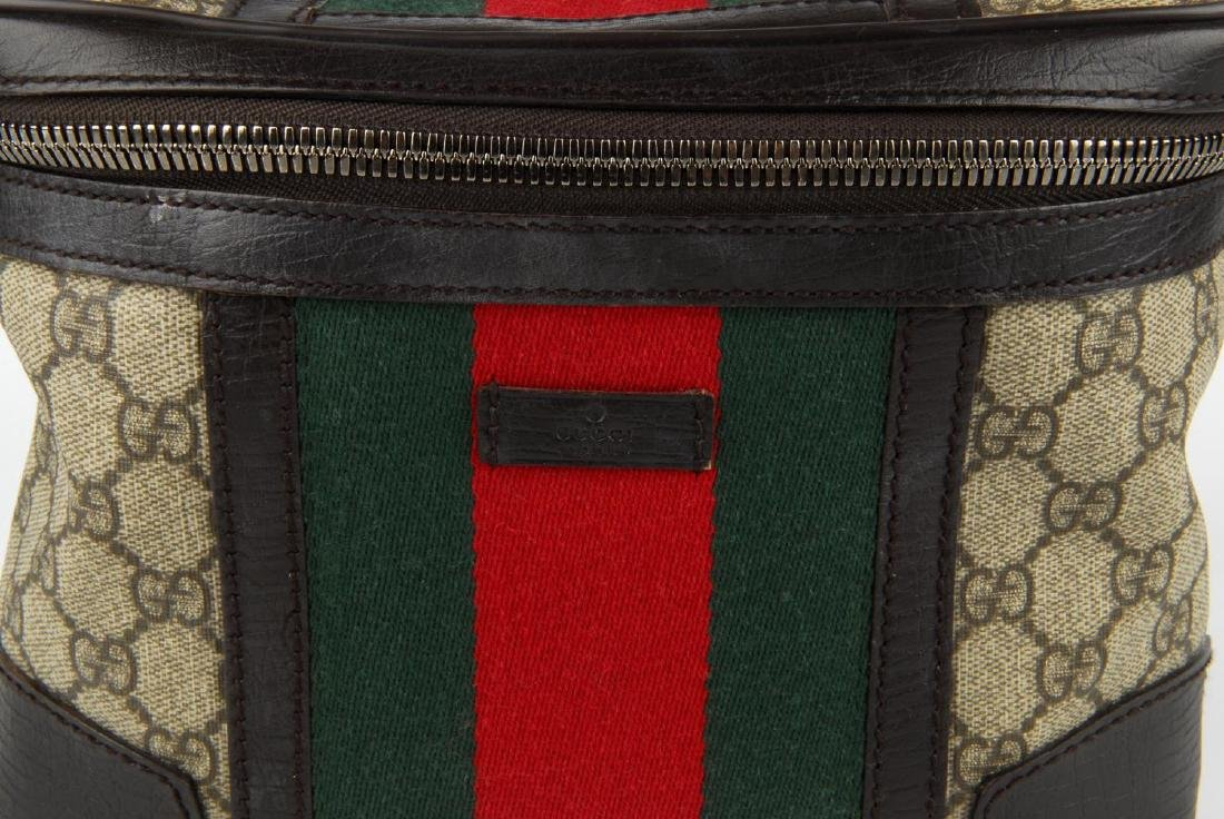GUCCI - a Supreme Web cosmetics travel bag. Crafted - 7