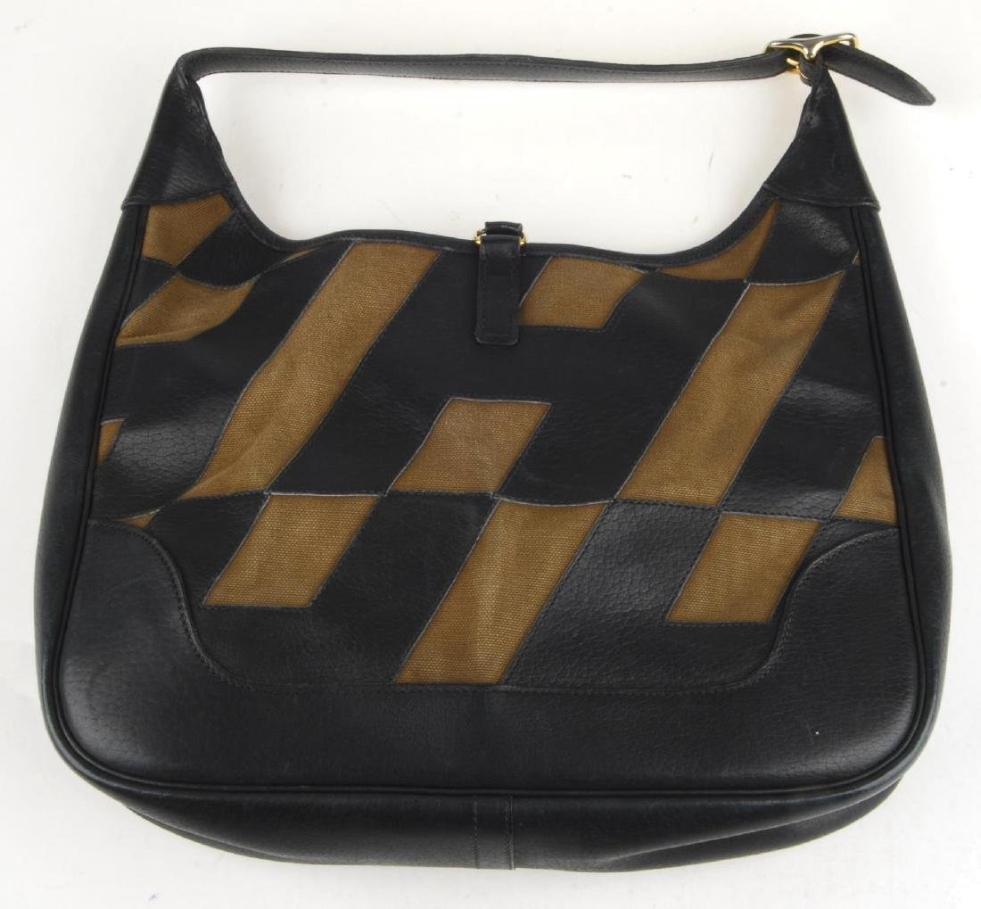 HERMÈS - a Trim handbag. Crafted from brown canvas and - 3