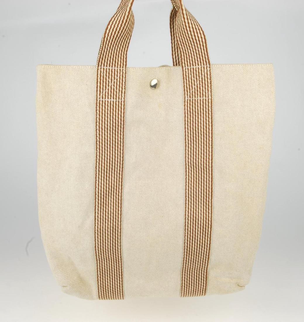 HERMÈS - two Fourre Tout canvas handbags. Both of a - 3