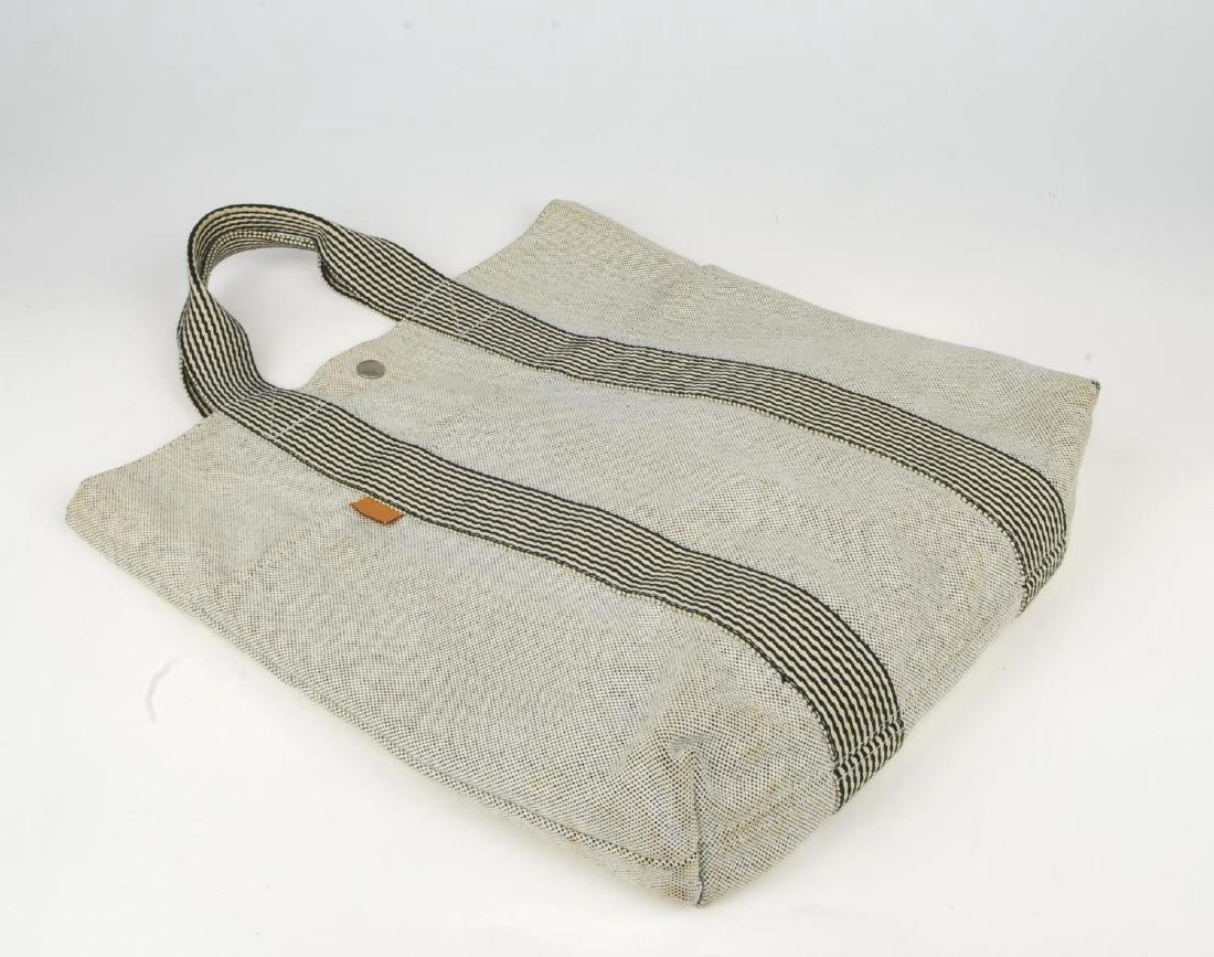 HERMÈS - two Fourre Tout canvas handbags. Both of a - 8