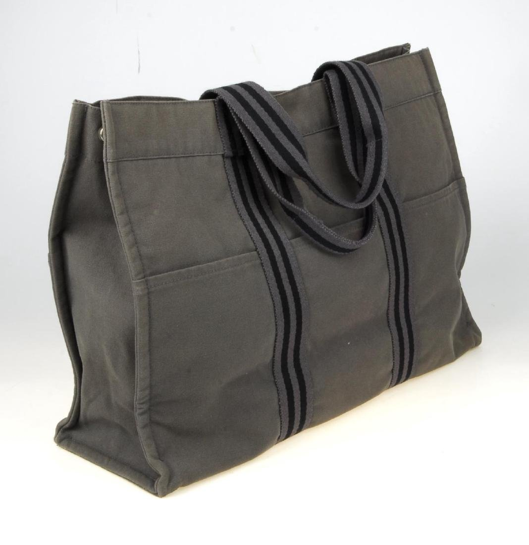 HERMÈS - a Fourre Tout canvas GM handbag. Crafted from - 4
