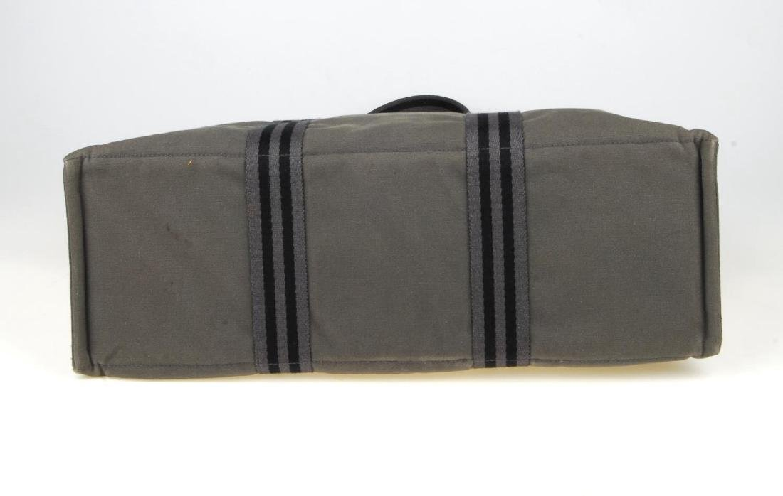 HERMÈS - a Fourre Tout canvas GM handbag. Crafted from - 6