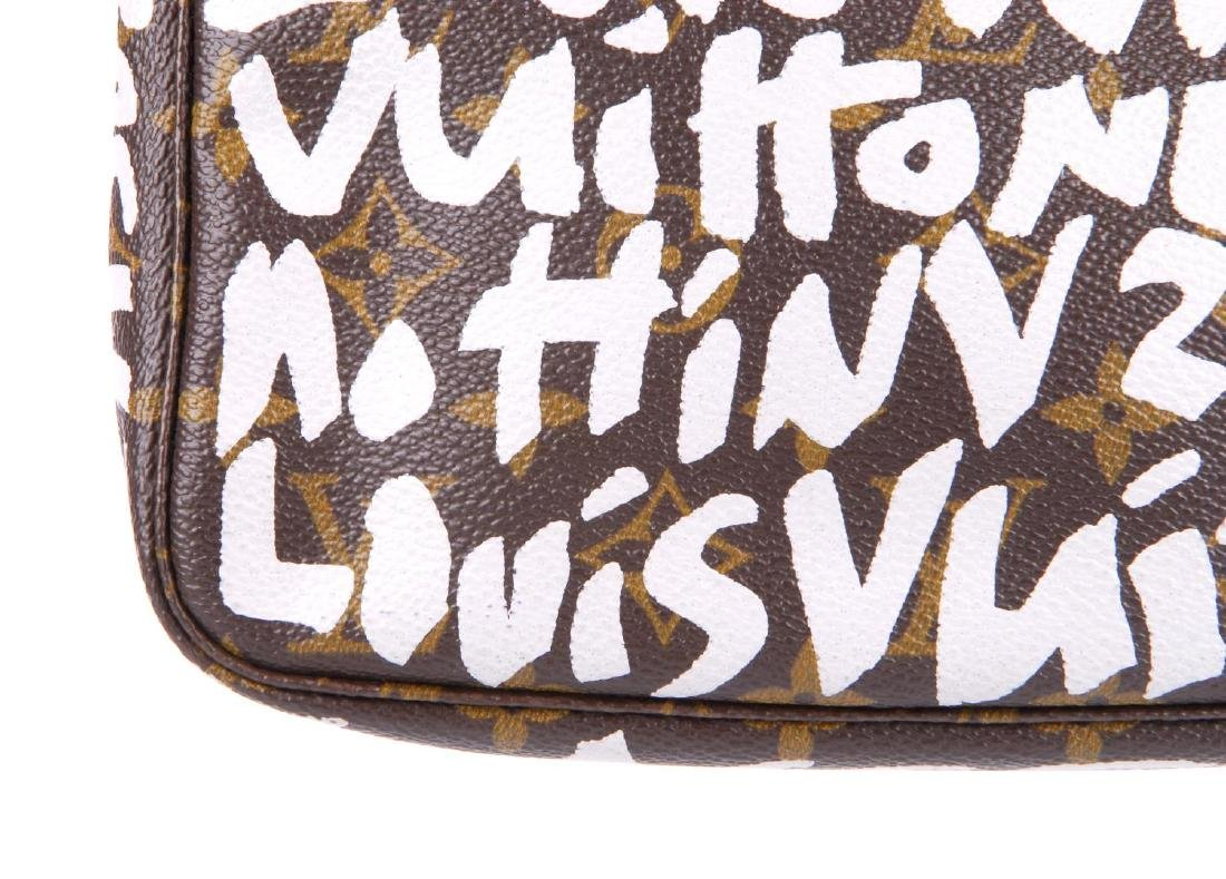 LOUIS VUITTON - a Monogram Graffiti Pochette - 3