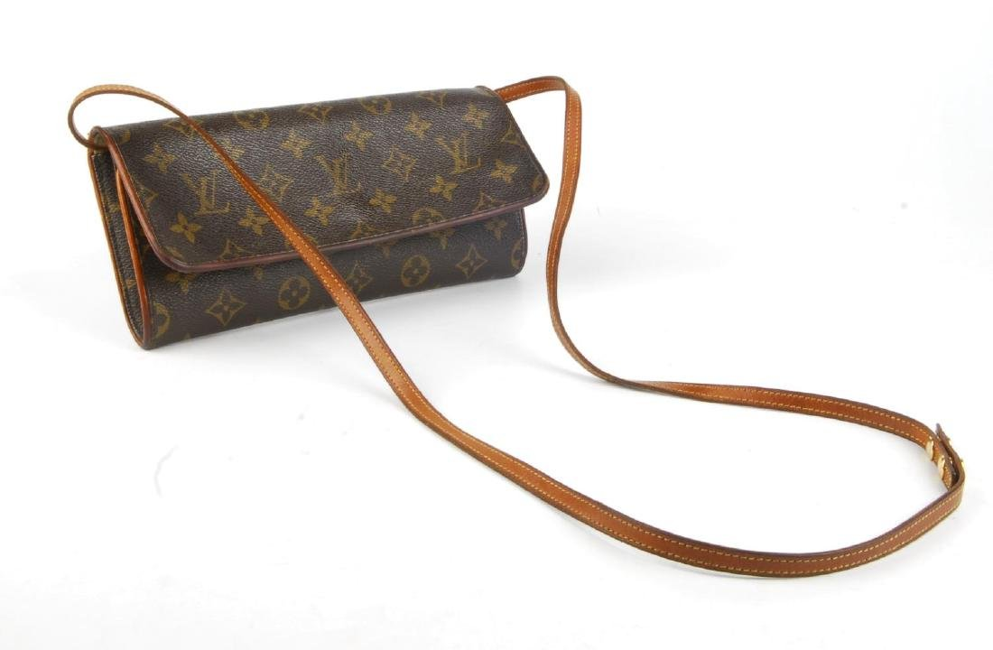 LOUIS VUITTON - a Monogram Pochette Twin GM handbag. - 4