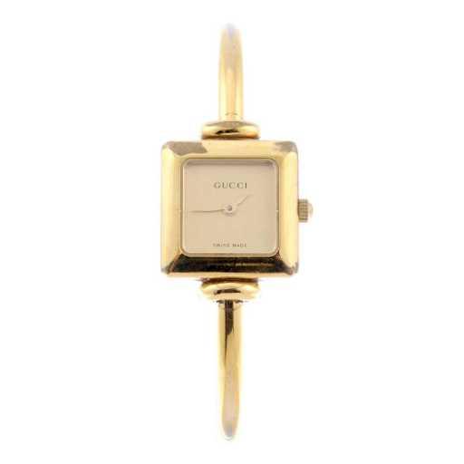 fdf82b55e27 GUCCI - a lady s 1900L bracelet watch. Gold plated