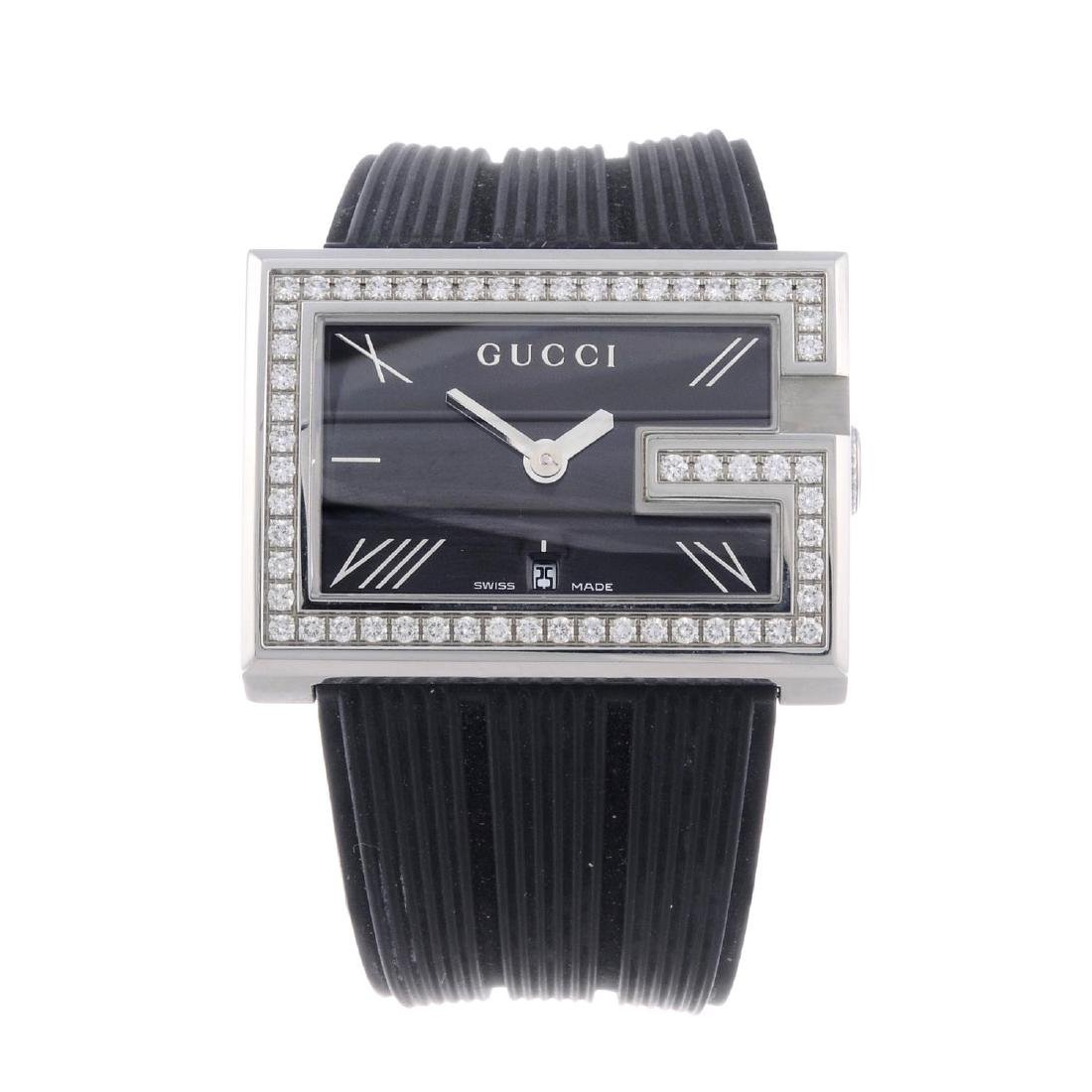 GUCCI - a lady's 235 wrist watch. Stainless steel case