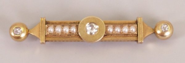 14:  Early 20th century diamond and seed pearl set bar
