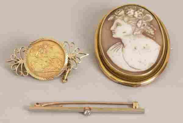 311: 15ct gold single stone old European cut diamond se