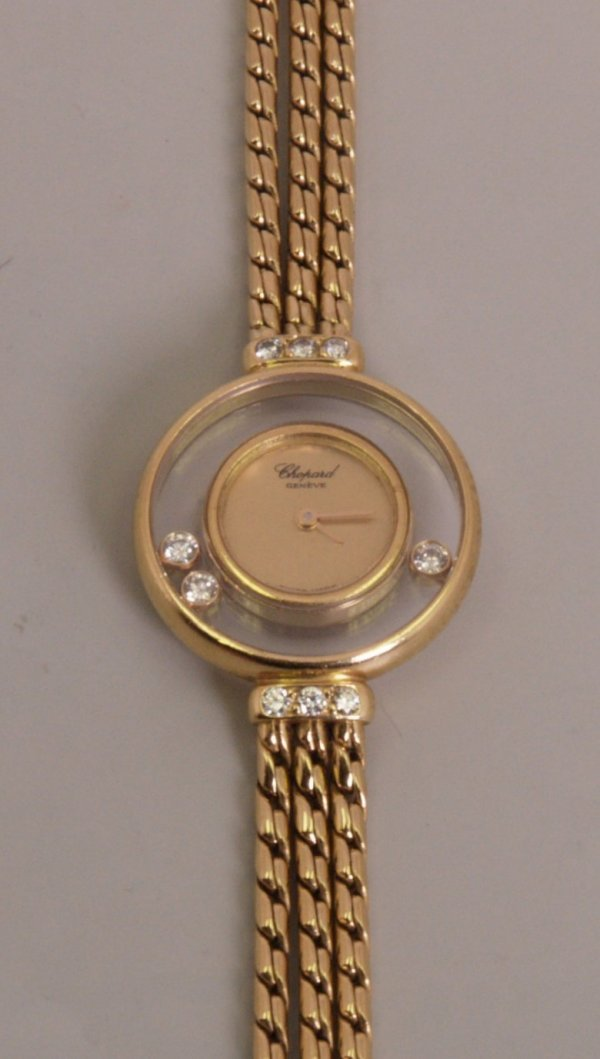 2022:  CHOPARD - a ladies 18ct gold battery operated  ""